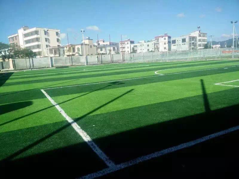 海南三亚国兴体育足球场